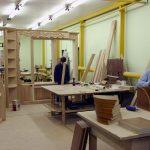 столяр, работать столяром, производство мебели, столяр в Польше