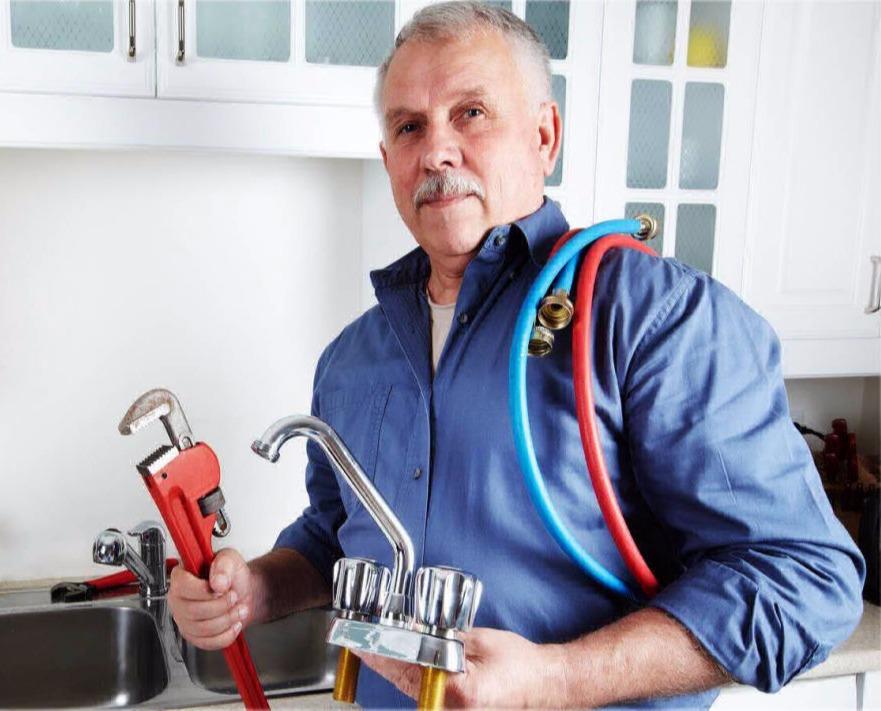 сантехник, работа в польше для мужчин старше 55 лет