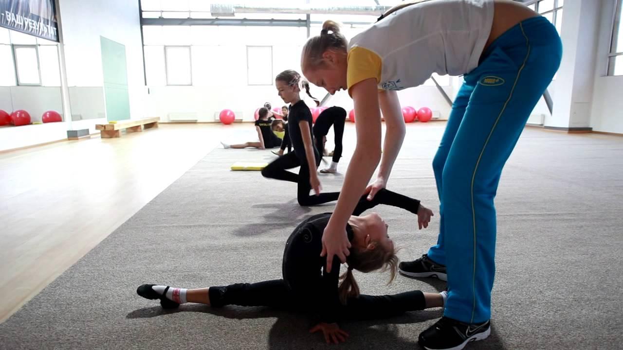 4519, тренер, работать тренером, тренер в Польшу, учить гимнастике