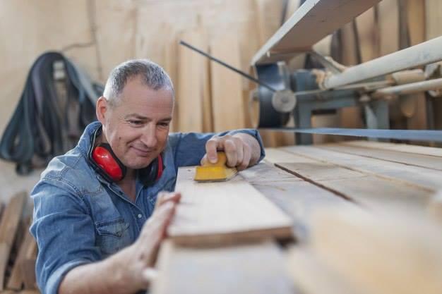 работа для мужчин старше 55 лет